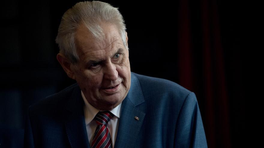 Video Brífing prezidenta Miloše Zemana ke schůzce s kandidátem na ministra zahraničí Tomáše Petříčka