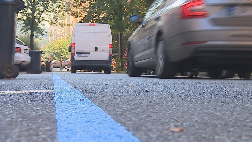 Video Před měsícem začalo v Brně platit rezidentní parkování