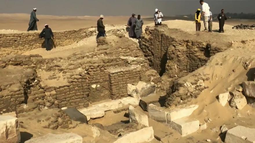Video Objev hrobky v Egyptě