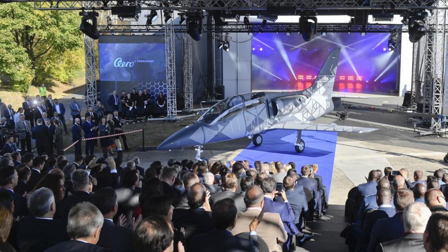 Video Aero Vodochody oficiálně představilo nový letoun L-39 NG