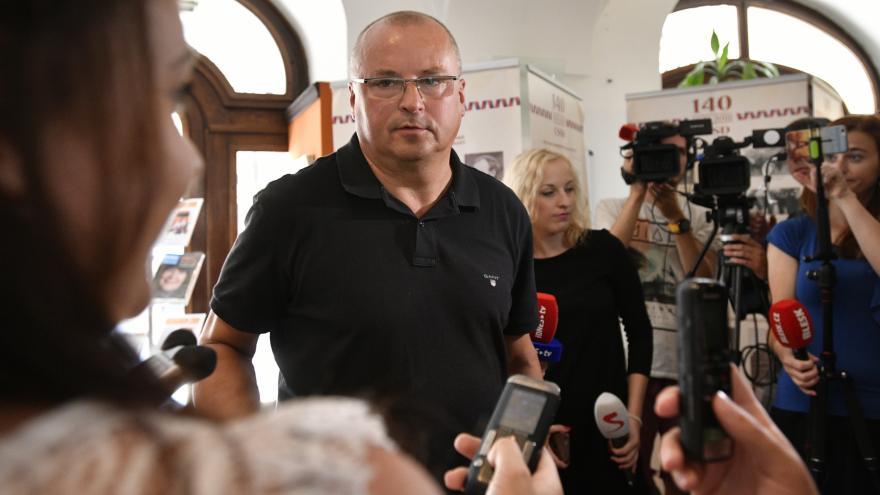 Video Rozhovor s jediným zvoleným senátorem za ČSSD - Petrem Víchou - obvod Karviná
