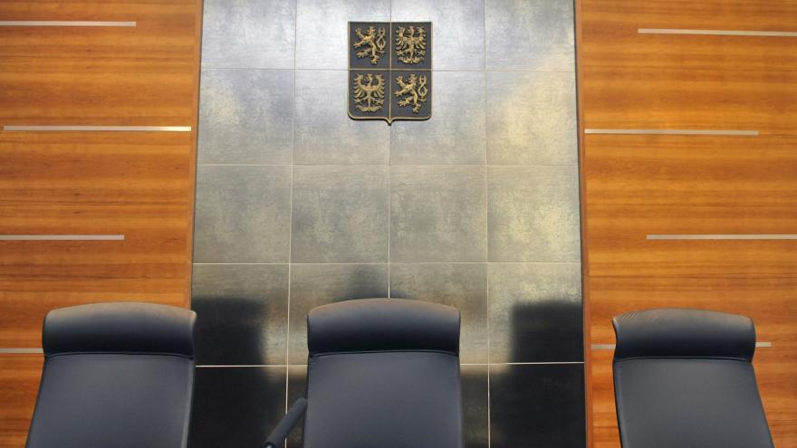 Video Události ČT: Soudních znalců je čím dál méně