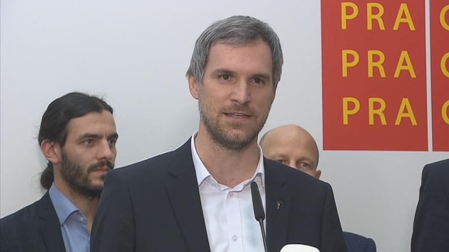 """Video """"Žádní funkcionáři, ale experti,"""" představila budoucí pražská koalice své radní"""