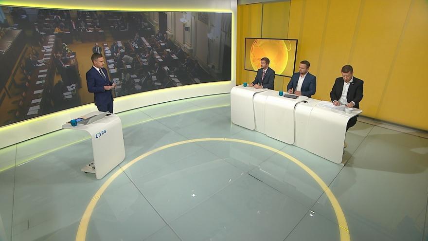 Video Devadesátka ČT24: Nové skutečnosti v kauze Čapí hnízdo