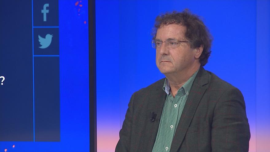 Video 90' ČT24 - Čapí hnízdo a rozbouřená politická scéna