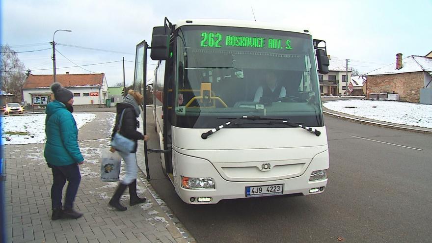 Video Za jízdné boskovičtí senioři opět zaplatí