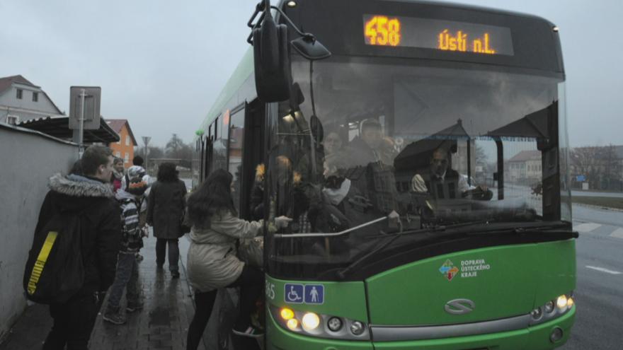 Video Události ČT: Autobusy pojedou i na Vejprtsku