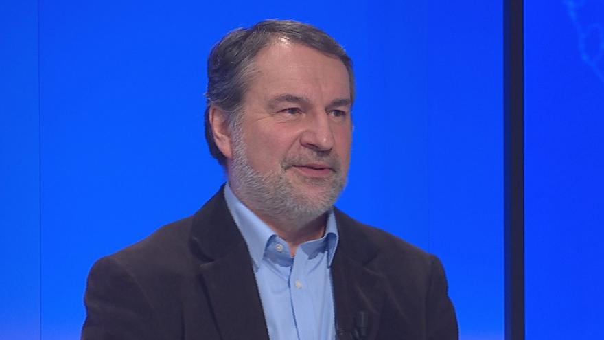 Video 90' ČT24 - Kauza Huawei - obavy o bezpečnost i obchodní zájmy