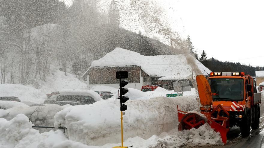 Video Události ČT: Sněžení v Alpách nebere konce
