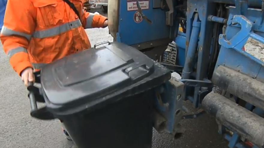 Video Chytré popelnice