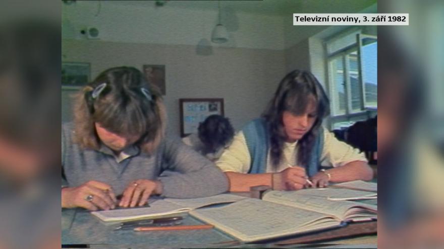 Video Vědci zkoumají socialistické školství