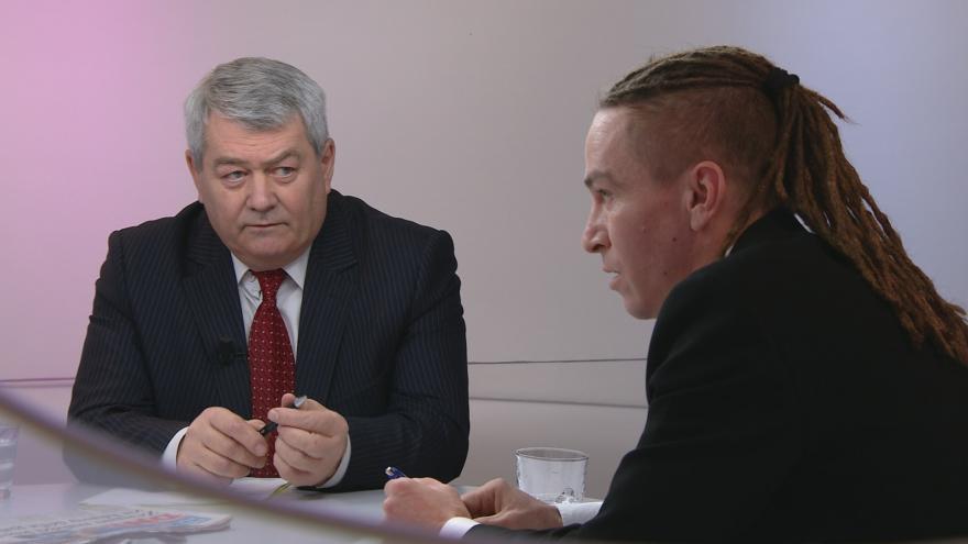 """Video OVM: """"Hrajete hru na voliče,"""" vytkl šéf Pirátů Bartoš komunistům kvůli zdanění církevních restitucí"""