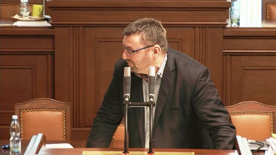 Video Projev Lubomíra Volného, který vyvolal smích a pobouření části poslanců