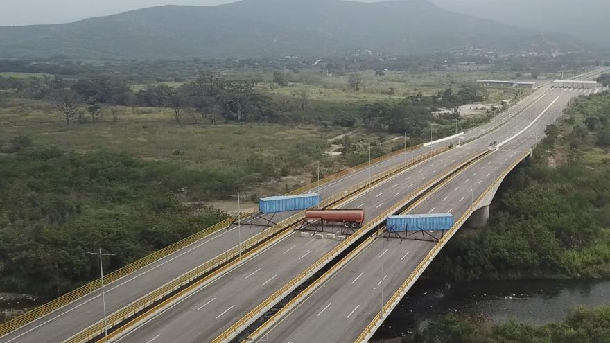 Video Události ČT: Venezuela uzavřela hranice