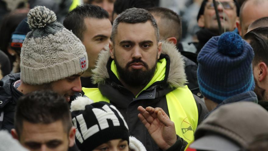 Video Drouet je kontroverzní postava, říká bývalý zpravodaj ČT ve Francii Zavadil