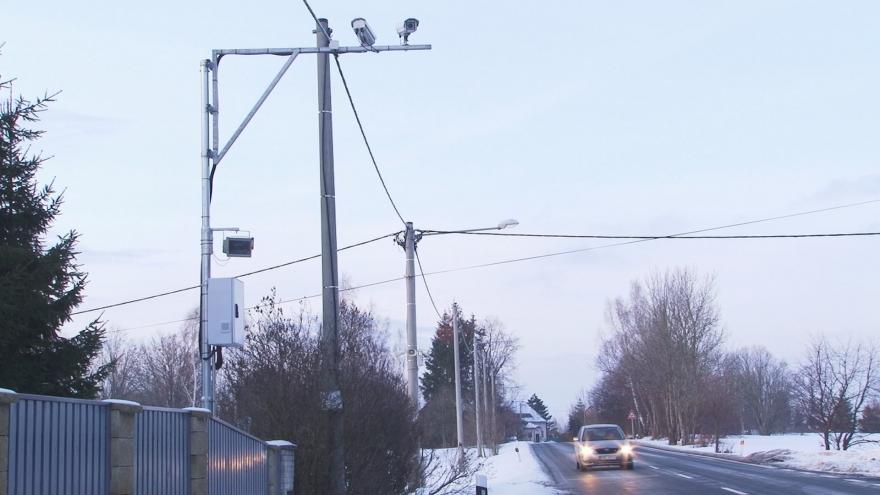 Video Reportéři ČT: Na radary ve Varnsdorfu město doplácí miliony
