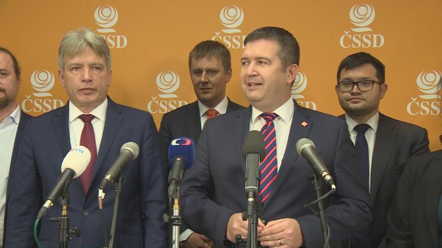 Video Tisková konference ČSSD po skončení sjezdu strany