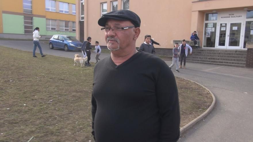 Video Bažo alias Jožo z chánovského sídliště hrál v seriálu Most! sám sebe