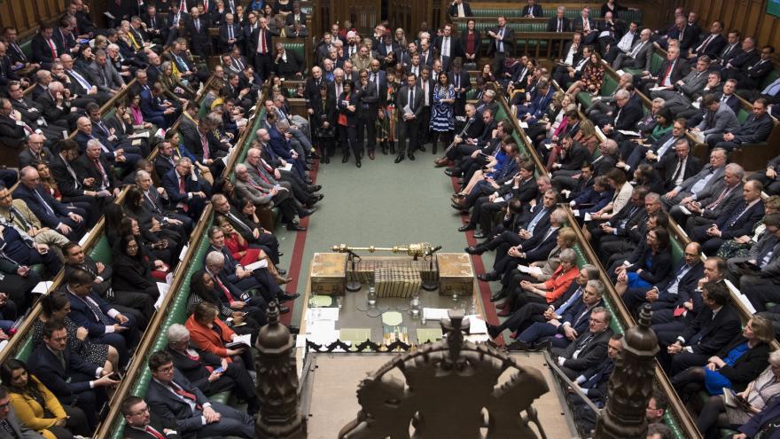 Video ŽIVĚ: Britská sněmovna debatuje o brexitové dohodě