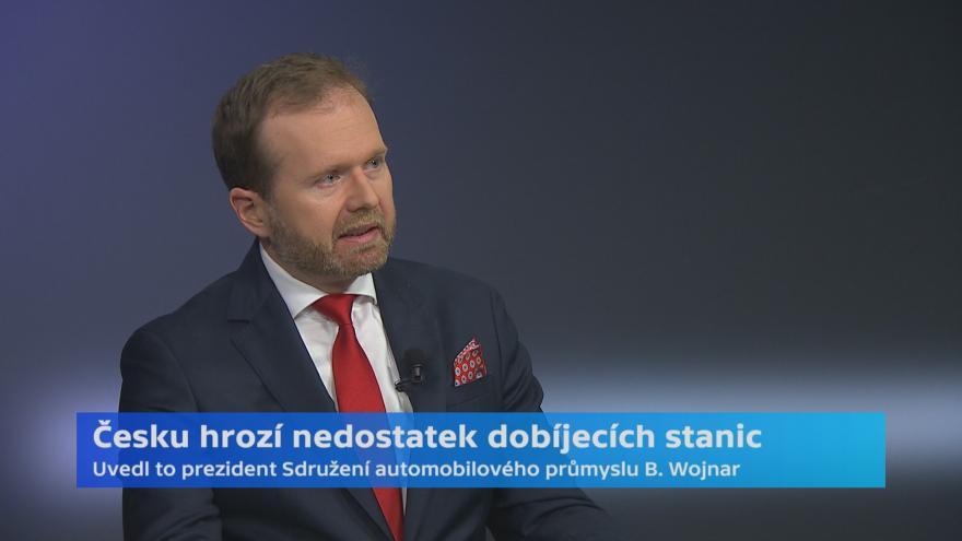 Video V Česku bude v roce 2030 chybět až 20 tisíc nabíjecích stanic