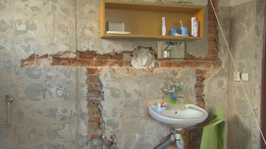 Video Událsoti ČT: Nádražní byty jsou v žalostném stavu, na opravy však nájemníci čekají léta