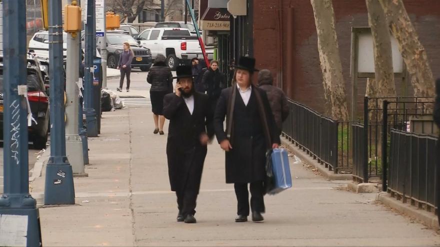 Video Horizont ČT24: Spalničky se šíří i v New Yorku, nemocných je stejně jako v Česku