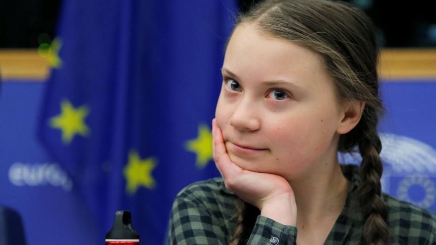 Video Greta Thunbergová se chystá na další misi. Ekologická aktivistka vystoupí na klimatickém summitu ve Švýcarsku