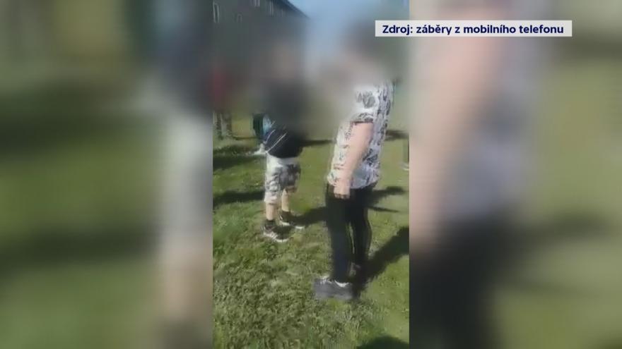 Video UVR: Mezi dětmi bují šikana, rodiče ani učitelé o ní často neví