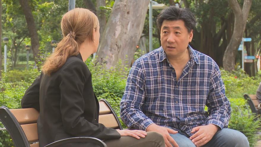 Video Události ČT: Exkluzivní rozhovor s disidentem a účastníkem protestů Pao Pchu