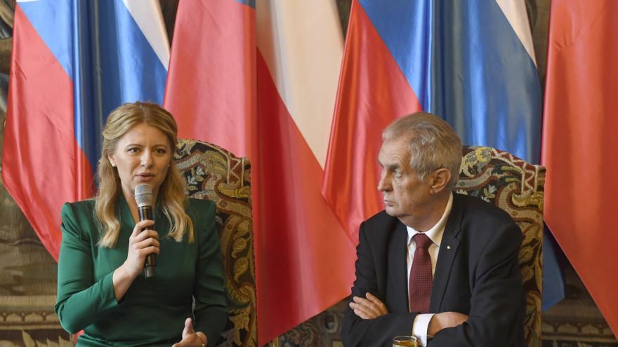 Video Brífink Zuzany Čaputové a Miloše Zemana po společném jednání
