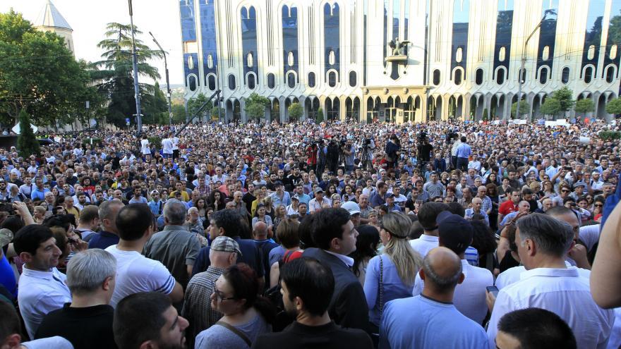 Video Události ČT: V centru Tbilisi se znovu demonstruje