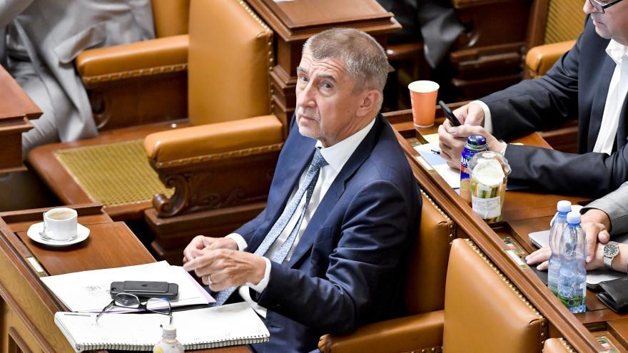 Video Události ČT: Opozice nenašla hlasy ke svržení vlády