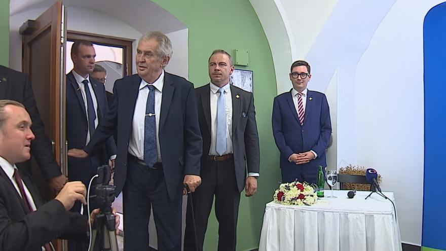 Video Události ČT: Prezident Zeman nechce výměnu ministra kultury