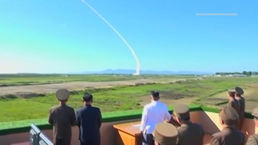 Video Severní Korea vypálila dvě rakety krátkého doletu