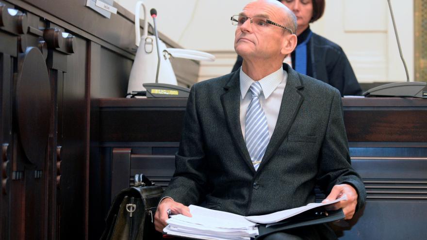 Video Události ČT: Začal soud se soudcem Elischerem