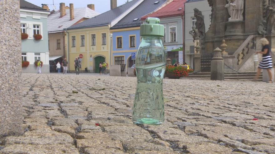 Video Události ČT: Vodu v Poličce zamořily bakterie