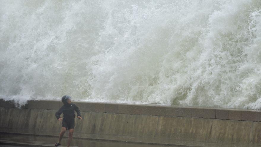 Video V Číně zuřil Tajfun Lekima