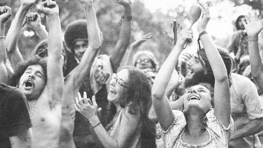 Video Tři dny míru a hudby. Před padesáti lety začal festival Woodstock