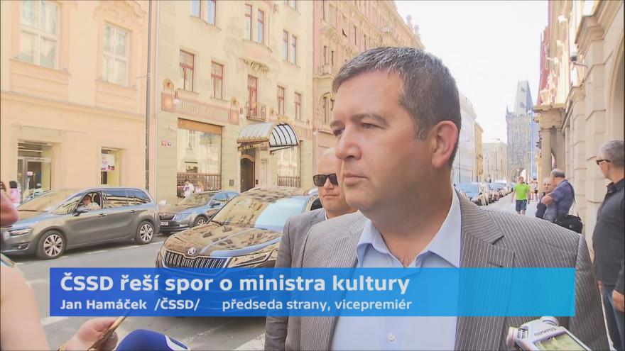 Video Ohlasy po jednání poslaneckého klubu ČSSD