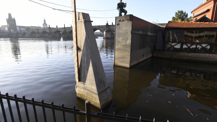 Video Praha se cvičně připravovala na velkou vodu