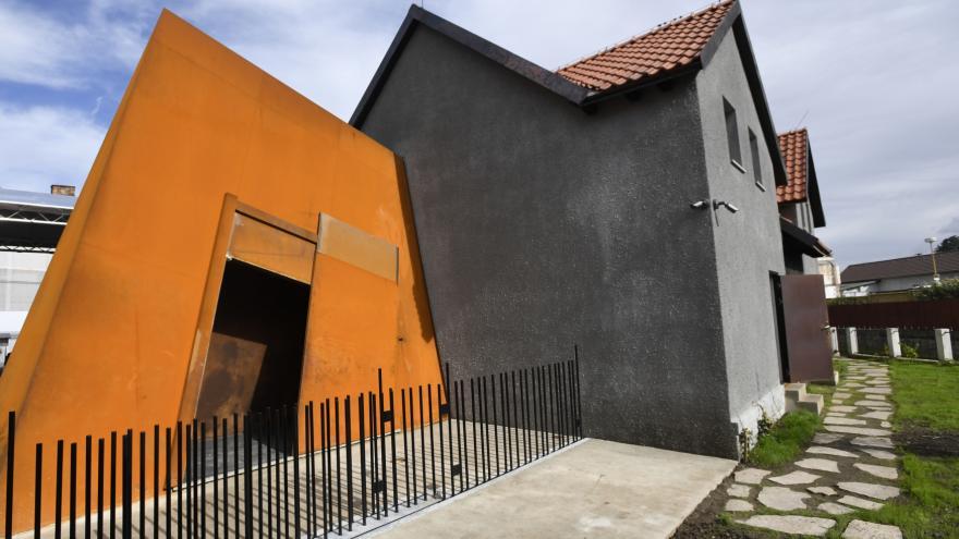Video Prohlídka rodným domem Jana Palacha. Ve Všetatech bylo otevřeno historické muzeum
