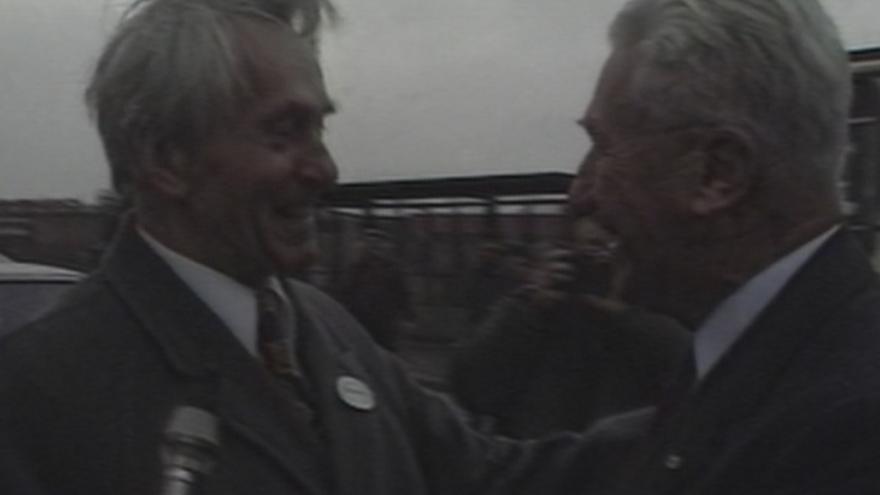 Video Návštěva Bati ve Zlíně (16. 12. 1989)