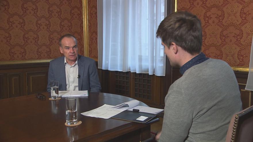 Video Rakouský profesor ekonomie Josef Zweimüller v rozhovoru pro ČT24