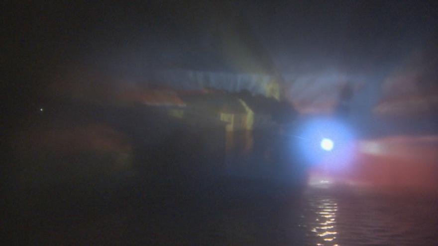 Video Nad hladinou Lipna se objevil 3D obraz zatopené obce