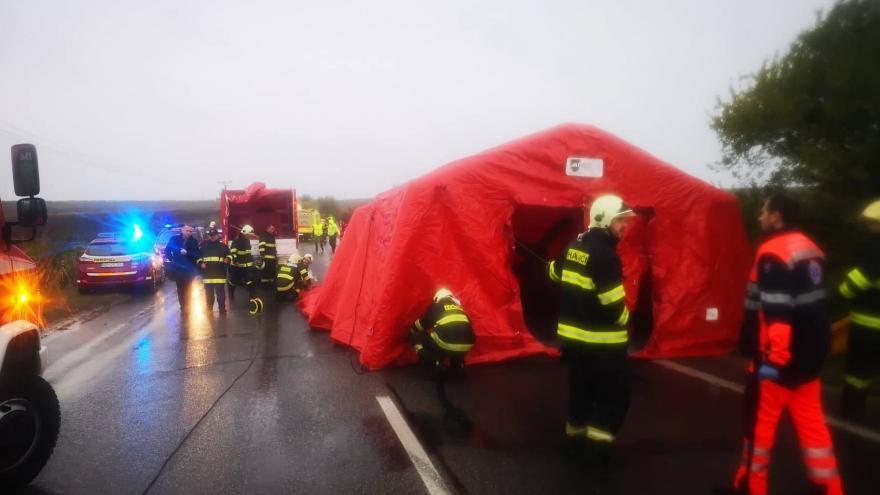 Video Telefonické rozhovory k nehodě poblíž slovenské Nitry