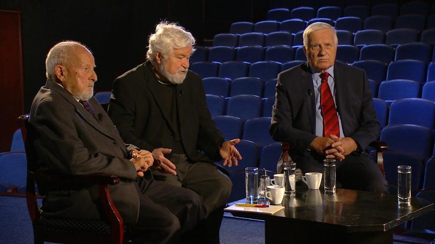 Video Debata Klause, Pitharta a Jičínského o listopadu 1989
