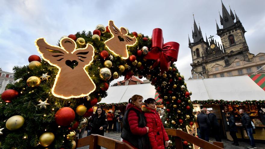 Video Události ČT: Praha slavnostně rozsvítila vánoční strom