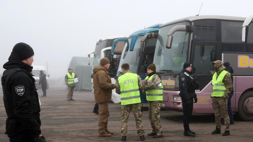 Video Události ČT: Proruští separatisté na Ukrajině vyměnili 76 zajatců za 124 lidí