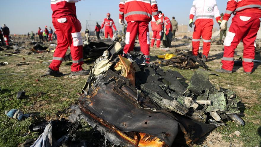 Video Letecký odborník Milan Cvrkal: Vyšetřování pádu letadla může trvat několik týdnů i měsíců