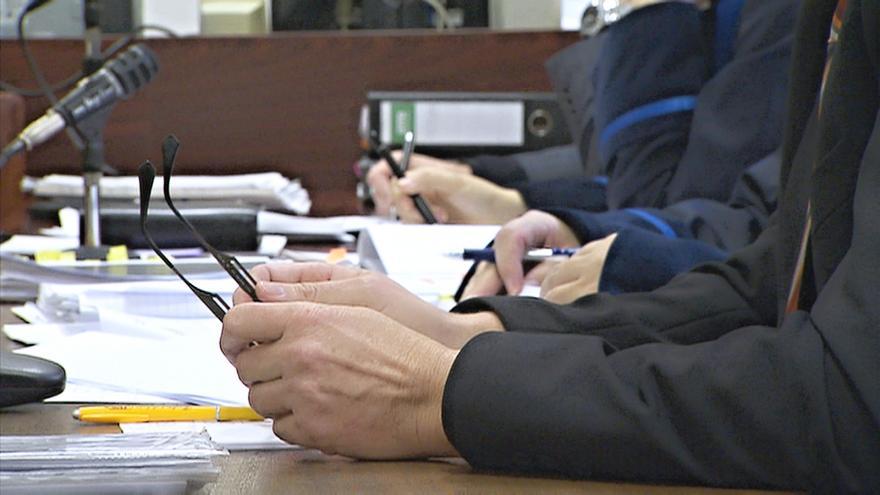 Video Události: Kvůli novým podmínkám se soudy obávají nedostatku znalců i tlumočníků
